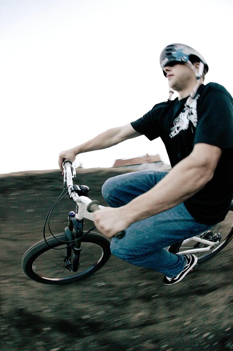 Cam Zink Blind Berm Challenge - Cam Zink, Pro Rider Photo Gallery - Mountain Biking Pictures - Vital MTB