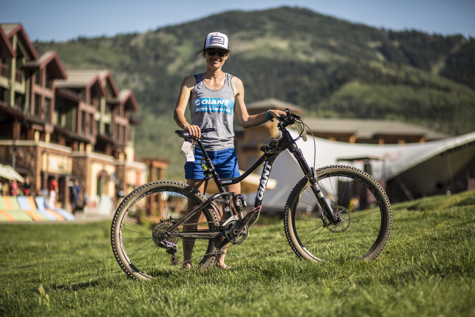 Kelli Emmett with her Prototype Giant Enduro Bike - Race Report, Photos and Video: Bell Enduro Cup at Canyons Resort - Mountain Biking Pictures - Vital MTB