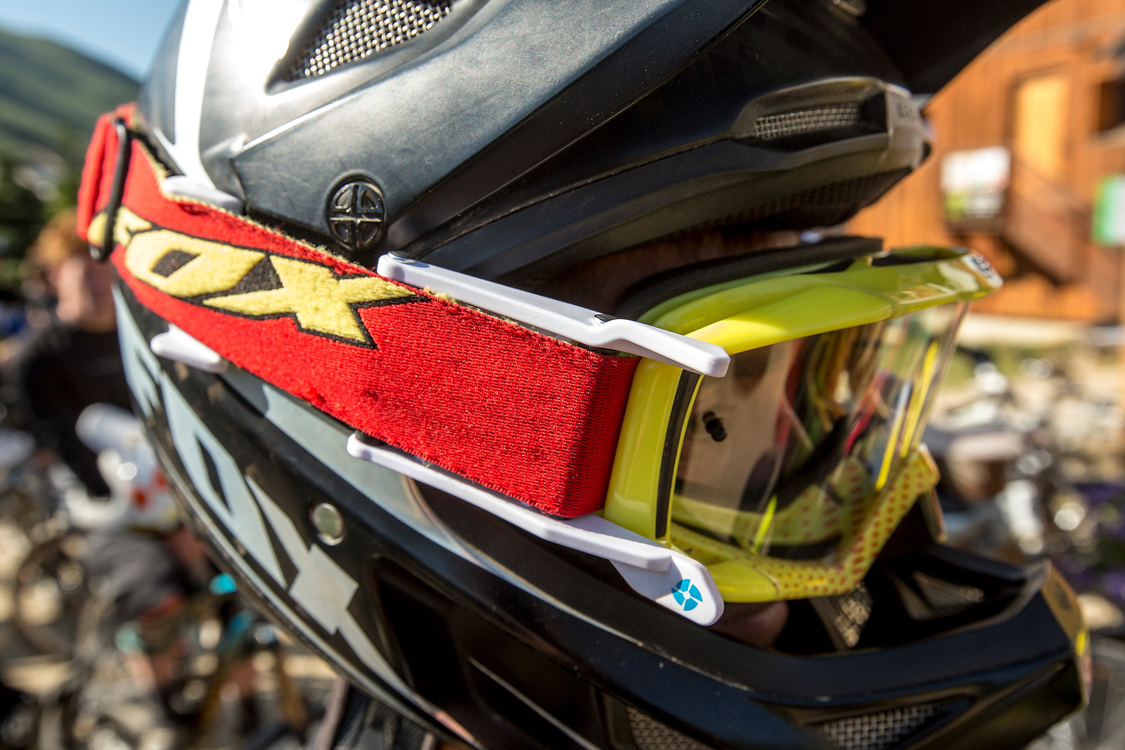 Airflaps Anti-Fog System for MTB Helmets and Goggles - Airflaps Anti-Fog System for MTB Helmets and Goggles - Mountain Biking Pictures - Vital MTB