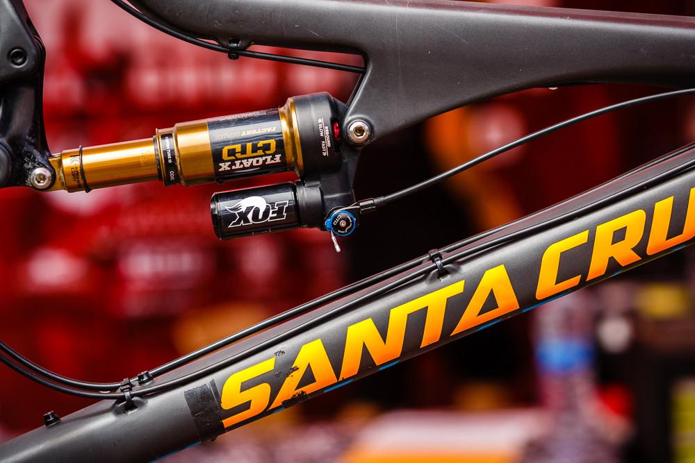 Remote Float-X on a Santa Cruz Bronson - PIT BITS: 2013 Andorra World Cup - Mountain Biking Pictures - Vital MTB