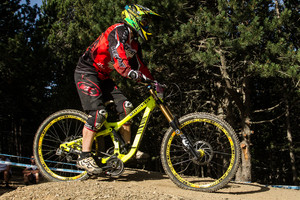 Commencal Supreme DH G-Out at Andorra World Cup