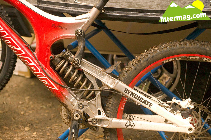 Get closer - Prototype Santa Cruz Syndicate V10 Frames - Mountain Biking Pictures - Vital MTB