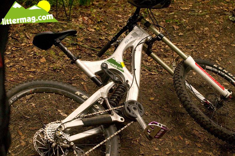 Prototype Driver 8 - Prototype Santa Cruz Syndicate V10 Frames - Mountain Biking Pictures - Vital MTB