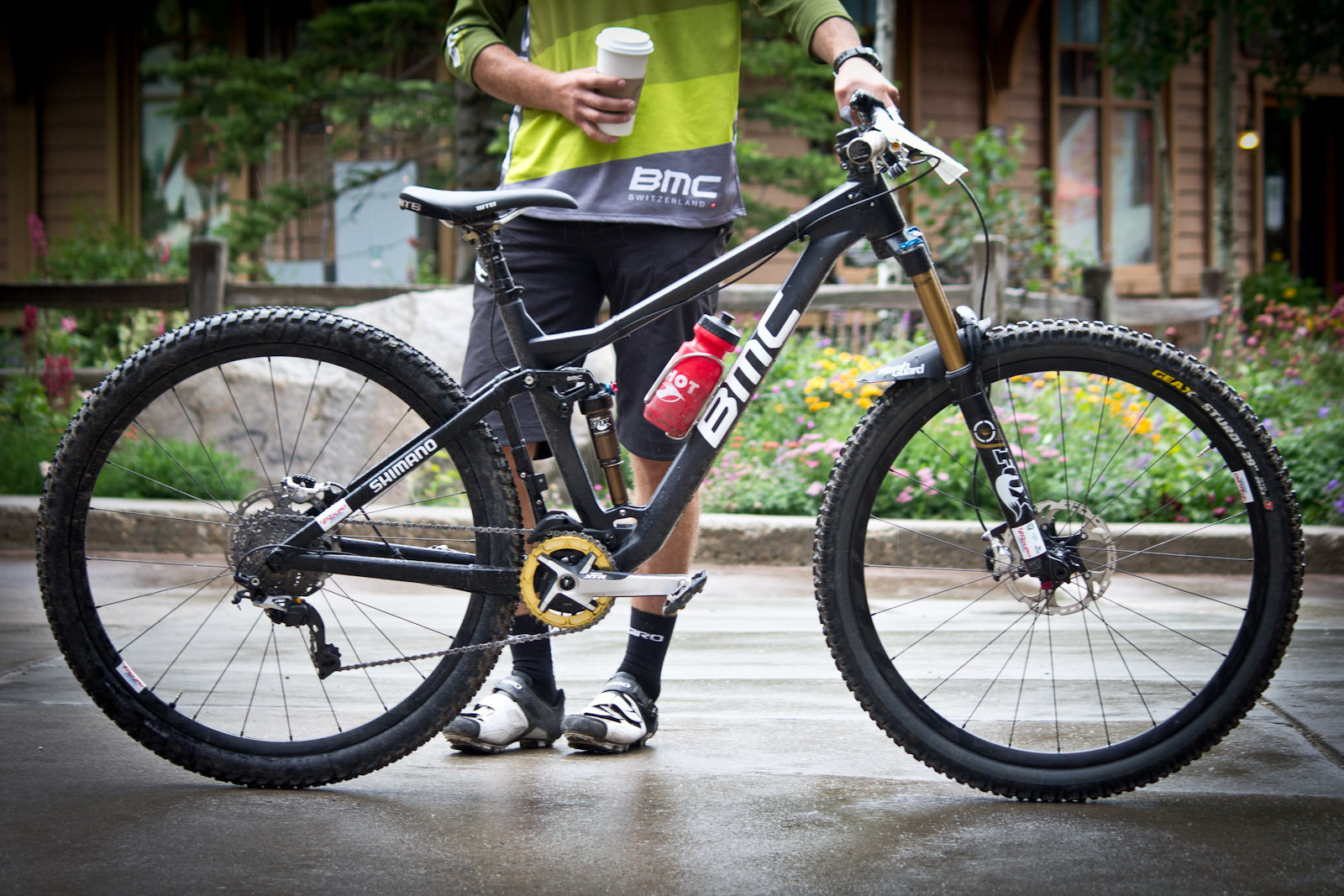 PIT BITS: Aaron Bradford's 2014 BMC 29er with Shimano XTR - Pit Bits and Action from the Enduro World Series at Trestle Bike Park - Mountain Biking Pictures - Vital MTB
