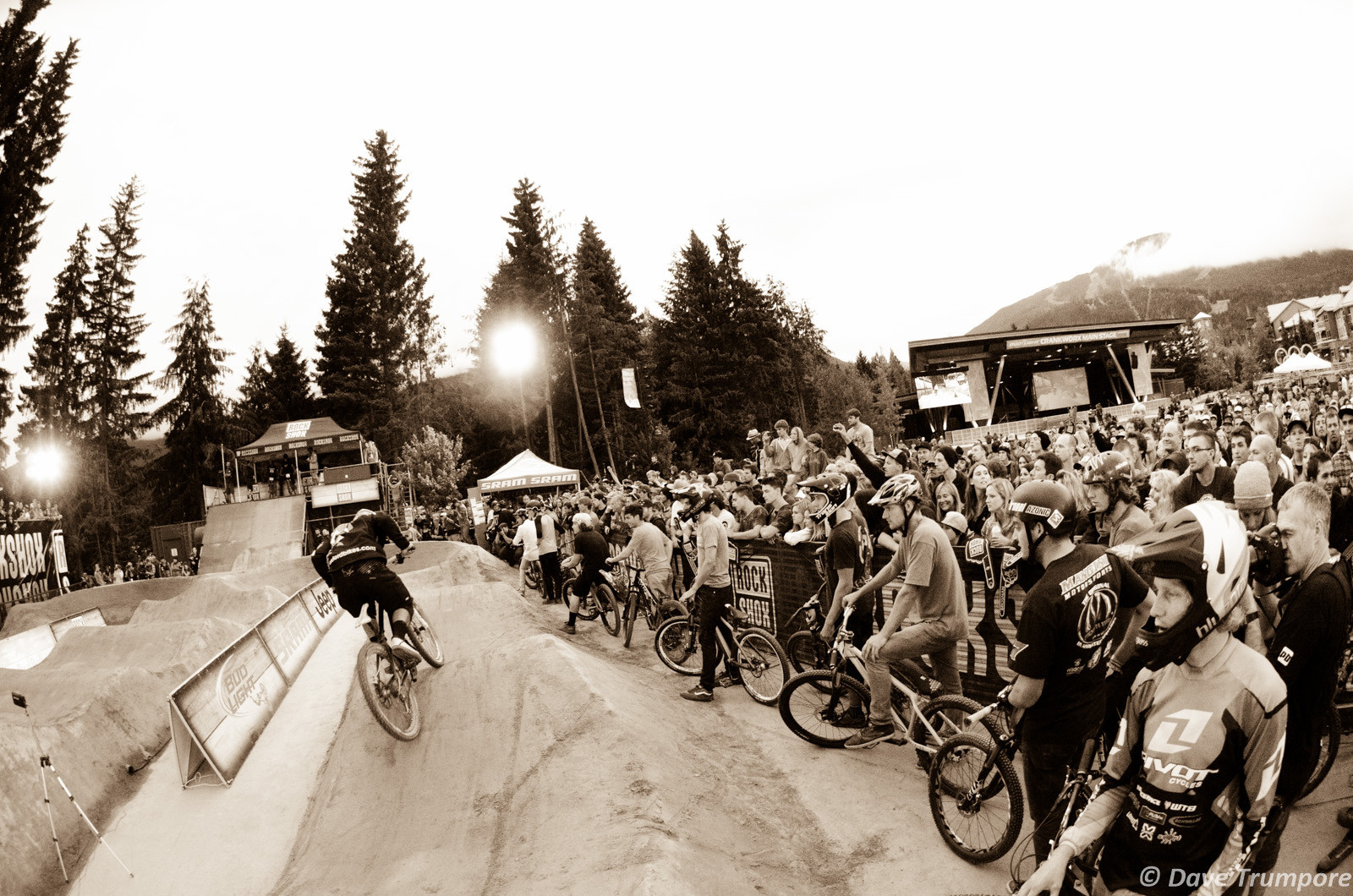 Packed House at the Crankworx Ultimate Pumptrack Challenge - Crankworx Ultimate Pumptrack Challenge Action - Mountain Biking Pictures - Vital MTB