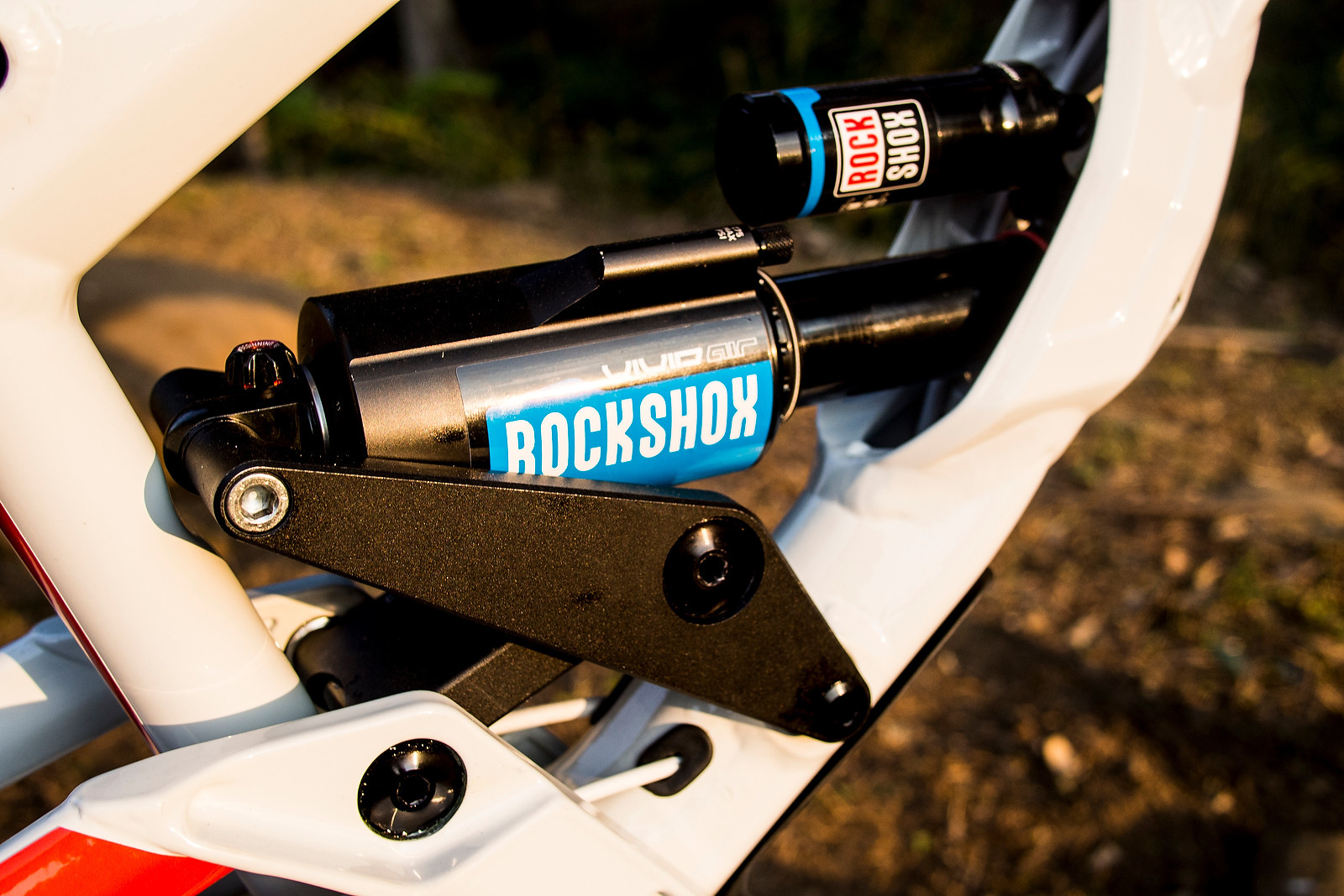 RockShox Vivid Air on Emmeline Ragot's World Champs Bike - WORLD CHAMPS BIKE - Emmeline Ragot's Lapierre DH 720 - Mountain Biking Pictures - Vital MTB