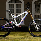 WORLD CHAMPS BIKE: Gee Atherton's GT Fury