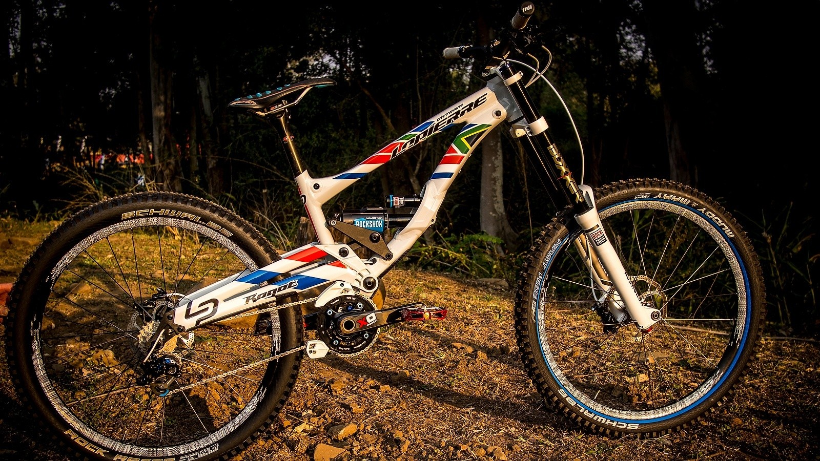 Emmeline Ragot's World Championship Lapierre DH720 - World Championships Bikes and Gear 2013 - Mountain Biking Pictures - Vital MTB