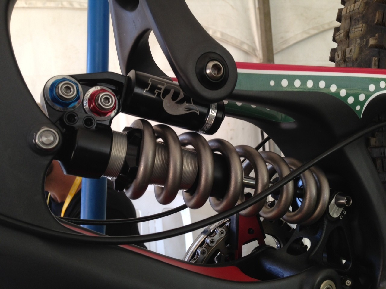 Prototype Fox RAD Coil Shock on Greg Minnaar's World Champs Bike - World Championships Bikes and Gear 2013 - Mountain Biking Pictures - Vital MTB