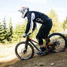 G-Out Project, Hafjell World Cup - Devinci Wilson Carbon Squished to the Max!