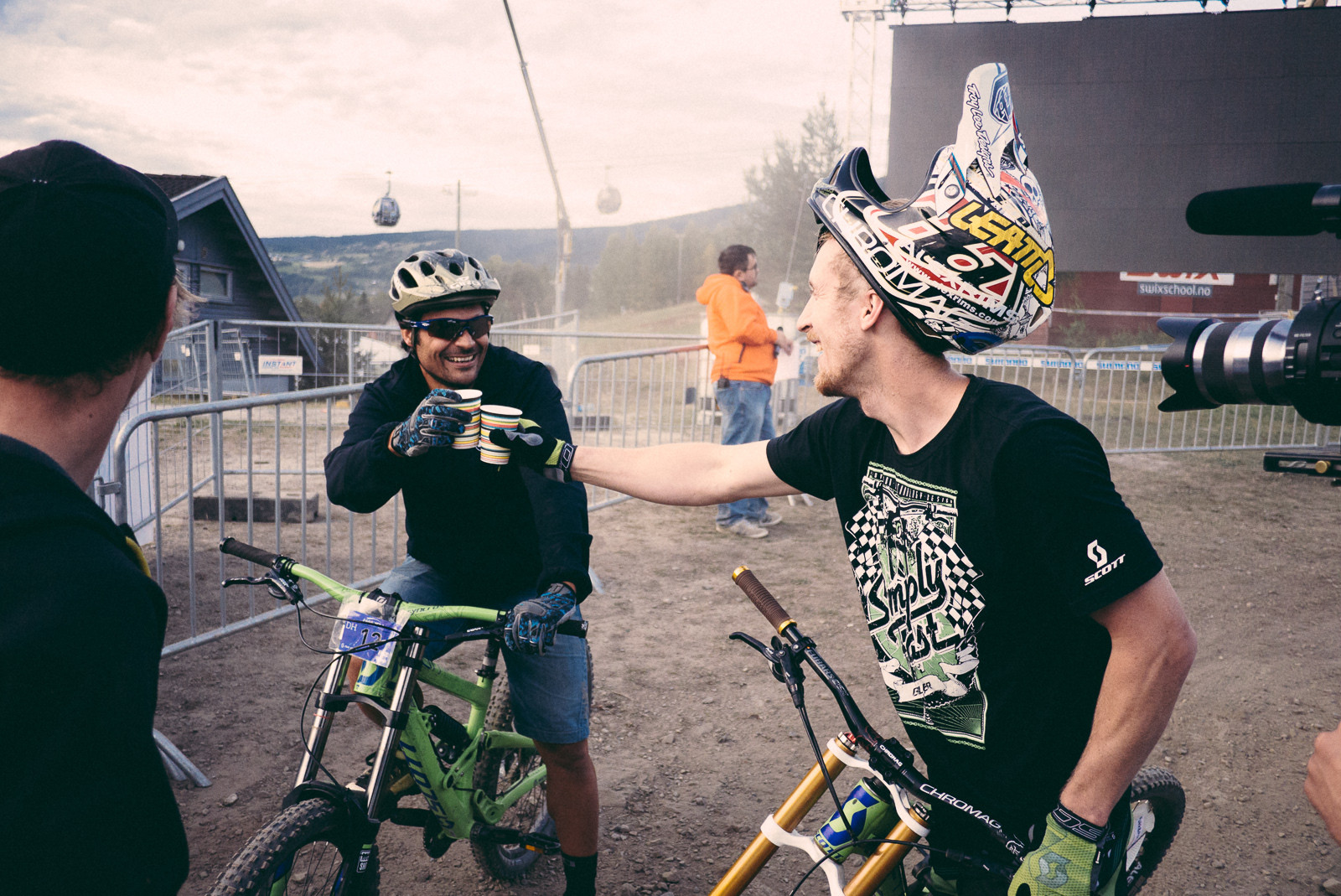 You First! - Has-Beens vs. Wannabes! Industry World Champs Race at Hafjell - Mountain Biking Pictures - Vital MTB