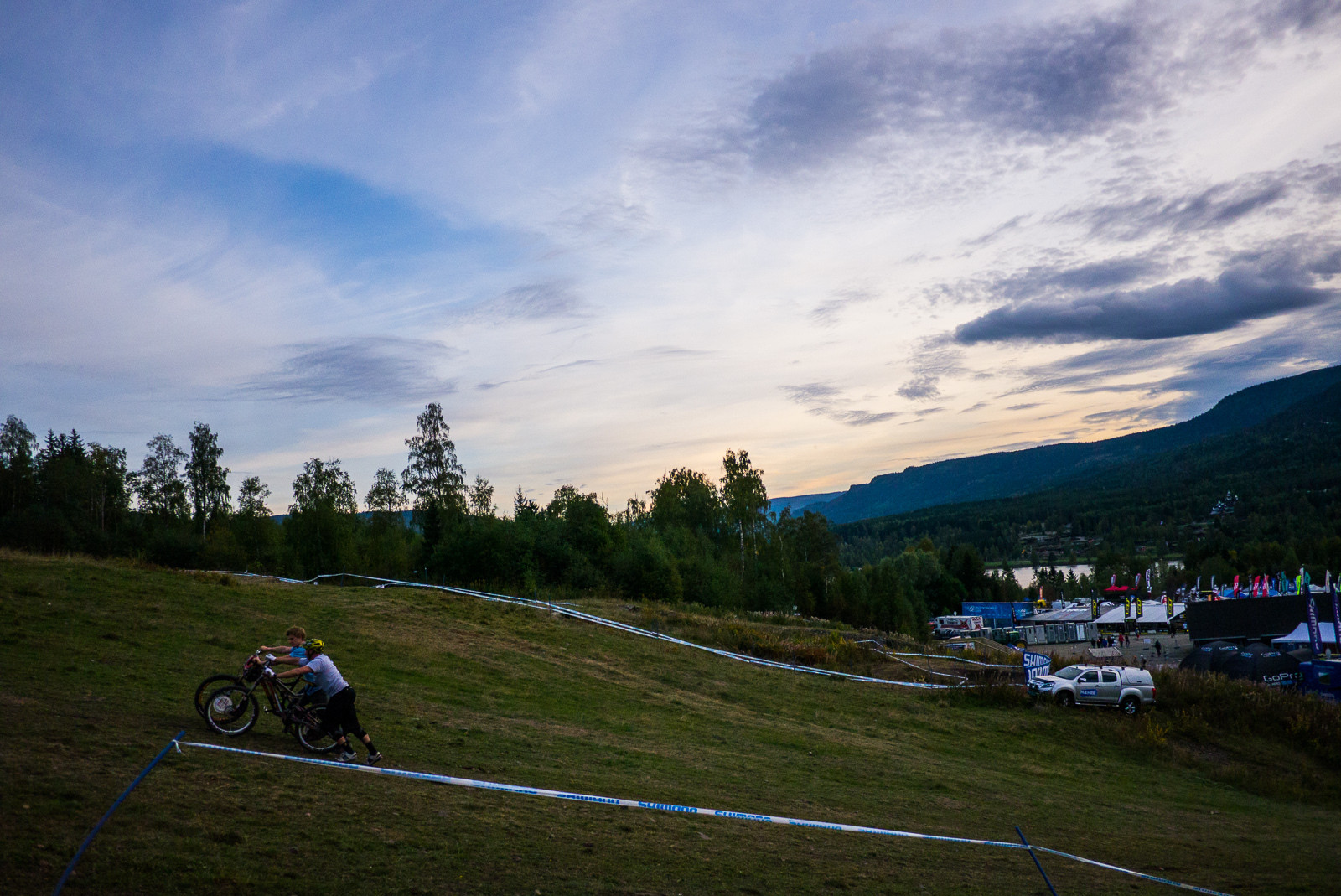 Nigel Page and Joe Bowman Pushing Up - Has-Beens vs. Wannabes! Industry World Champs Race at Hafjell - Mountain Biking Pictures - Vital MTB