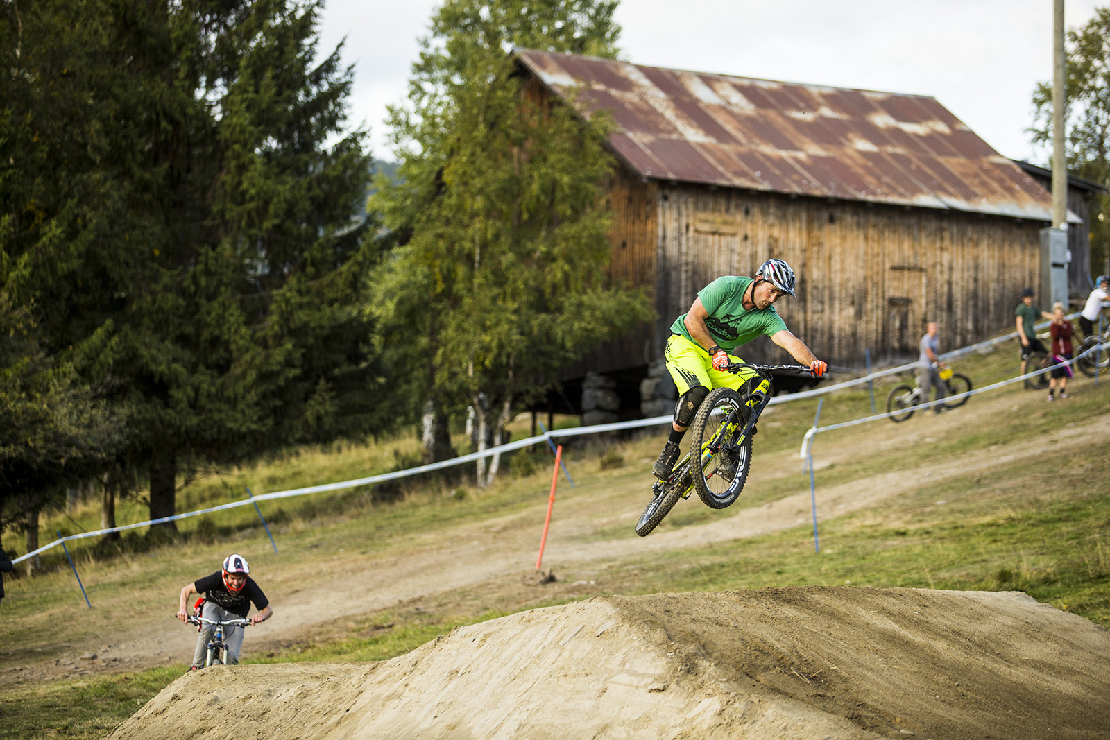 Sven #TotallyTurnbar - Has-Beens vs. Wannabes! Industry World Champs Race at Hafjell - Mountain Biking Pictures - Vital MTB