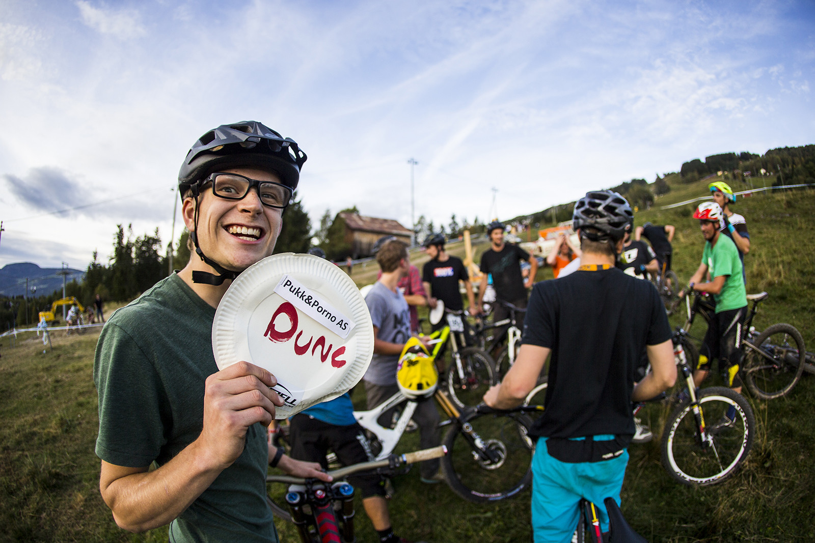 Stoked out Duncan - Has-Beens vs. Wannabes! Industry World Champs Race at Hafjell - Mountain Biking Pictures - Vital MTB
