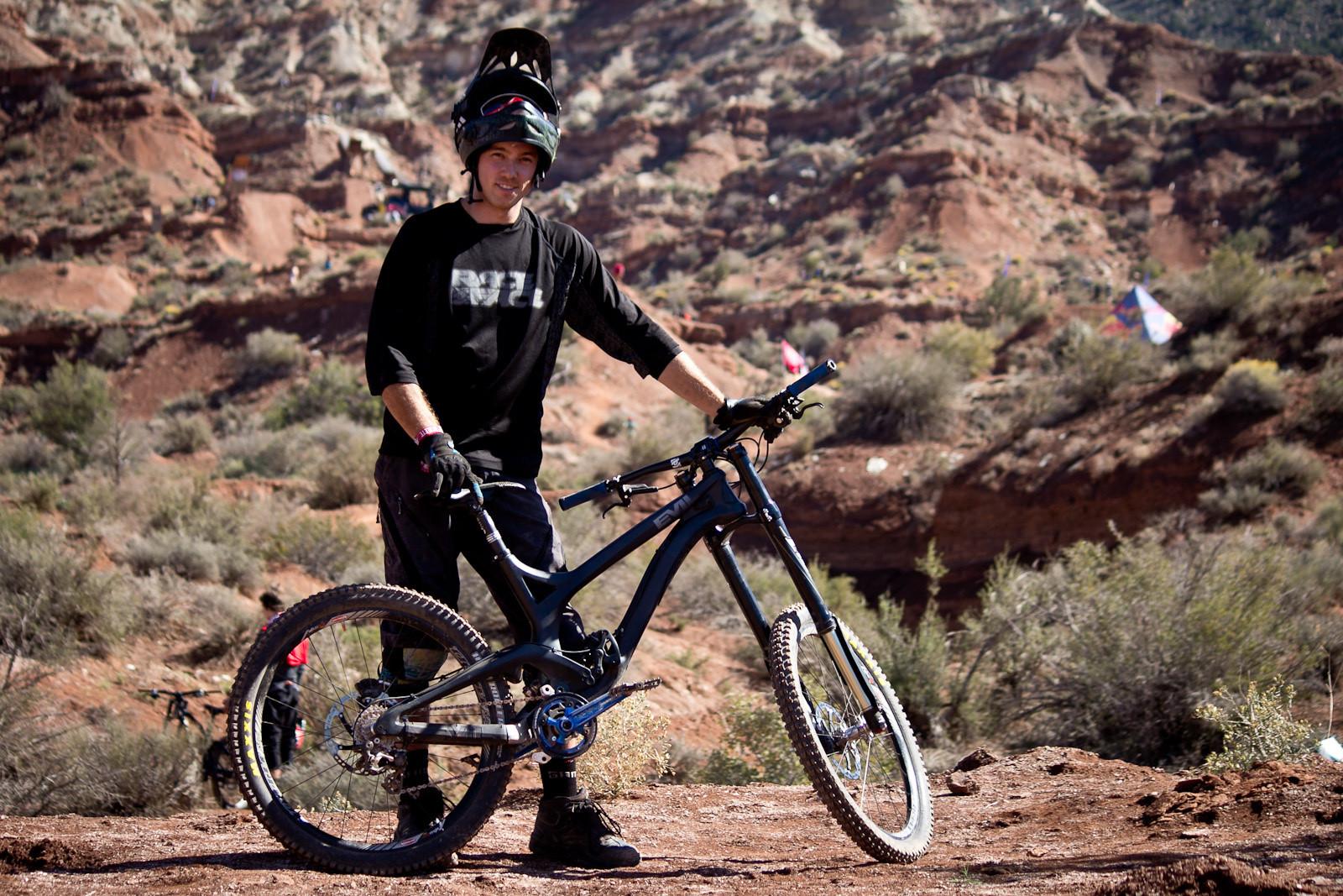 Rampage Pro Bike: Mike Kinrade's Evil Undead - Rampage Pro Bike: Mike Kinrade's Evil Undead - Mountain Biking Pictures - Vital MTB