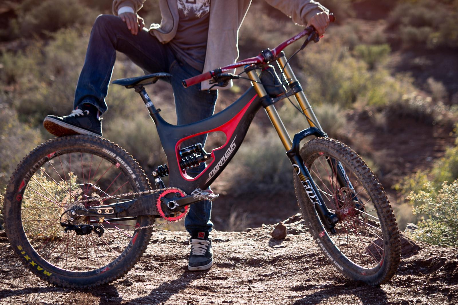 Rampage Pro Bike: Mitch Chubey\'s Prototype Morpheus Carbon DH ...