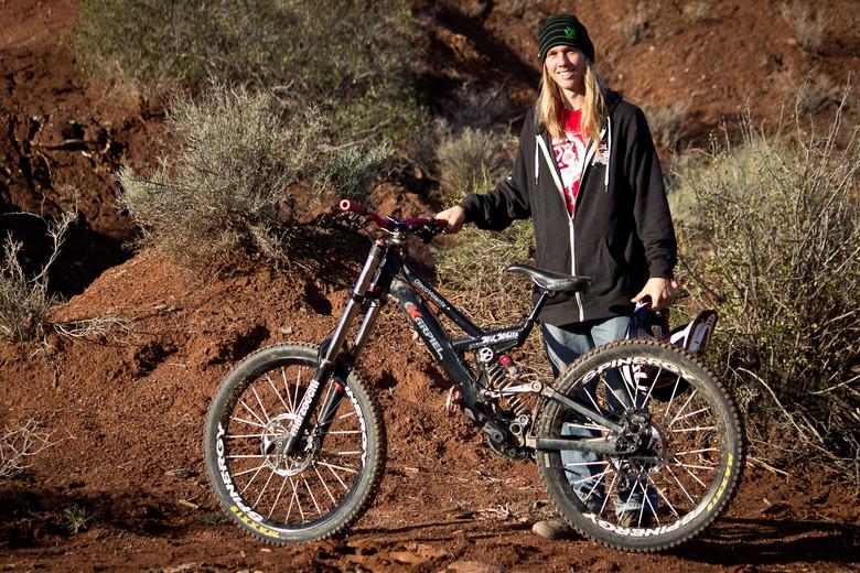 Rampage Pro Bike: Wil White's Karpiel Disco Volante