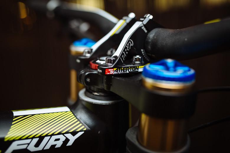 2014 Atherton Racing GT Fury 27.5 Bike