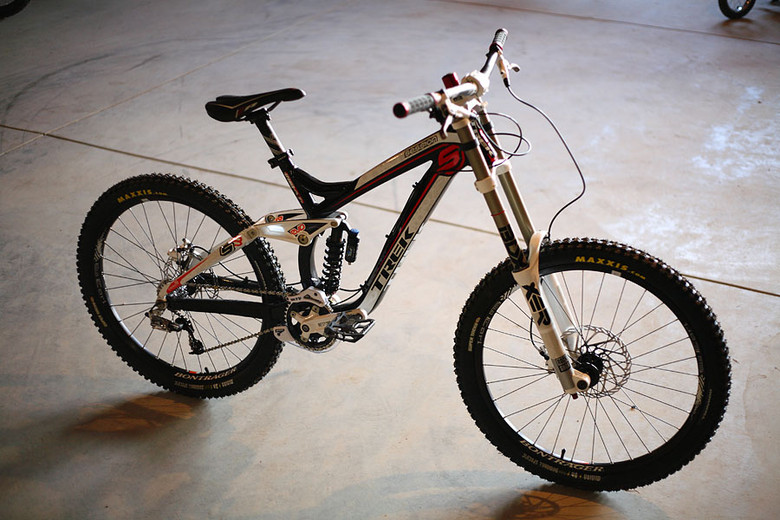 2010 Trek Session 8 Downhill Bike