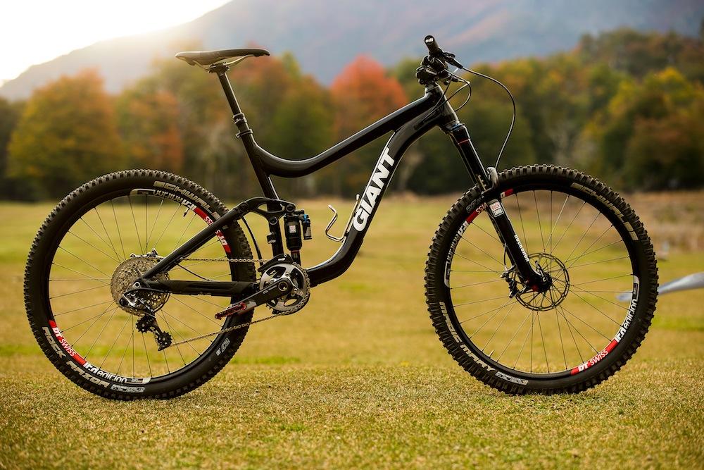 Biker Blog Season 5 Sneak Peek: Prototype Giant Reign 27.5 Sneak Peek