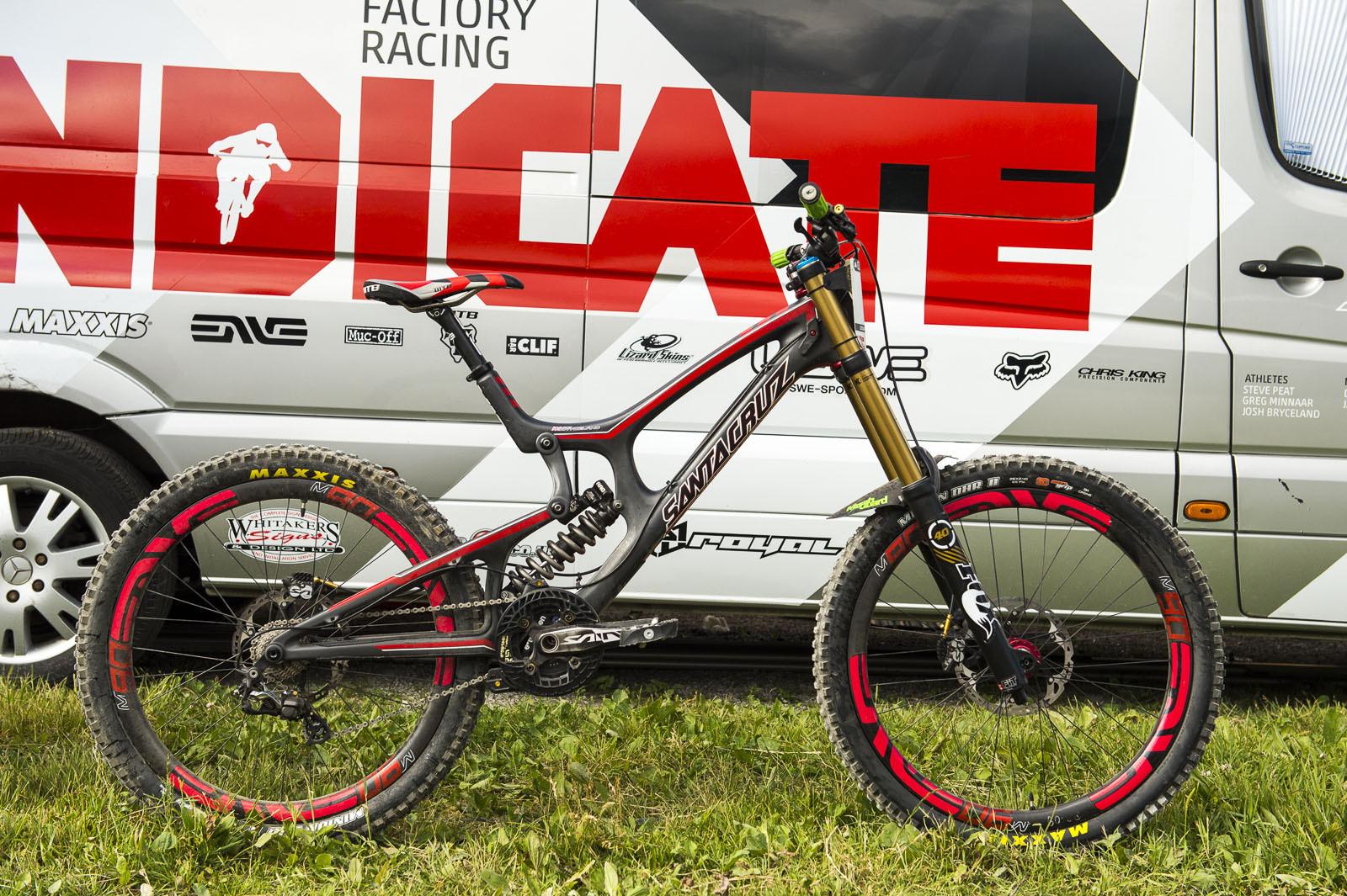 Josh Bryceland's Santa Cruz V10c - Josh Bryceland's Santa Cruz V10c - Mountain Biking Pictures - Vital MTB