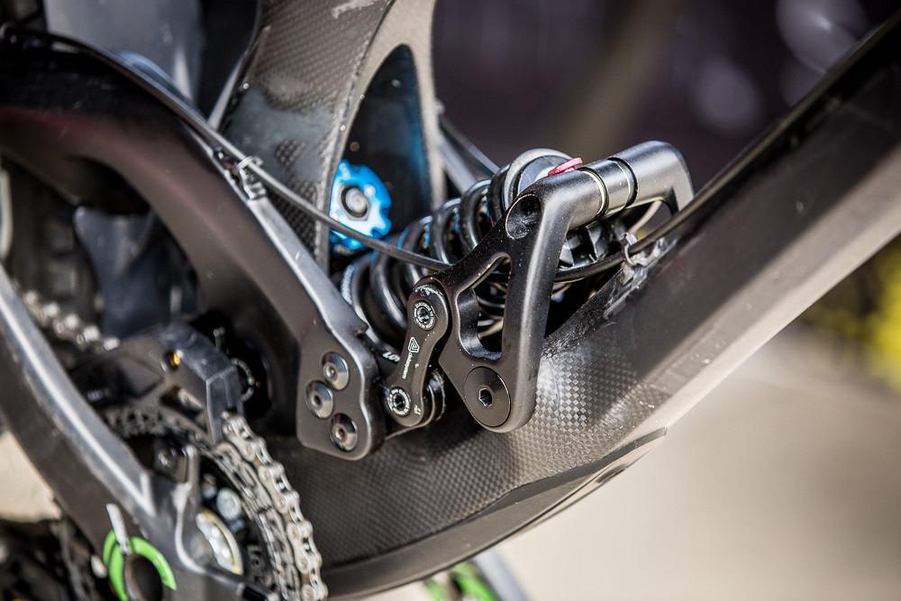 Evil Undead Carbon Layup & Flip-chip Bolt Design - PIT BITS: Crankworx L2A - Mountain Biking Pictures - Vital MTB