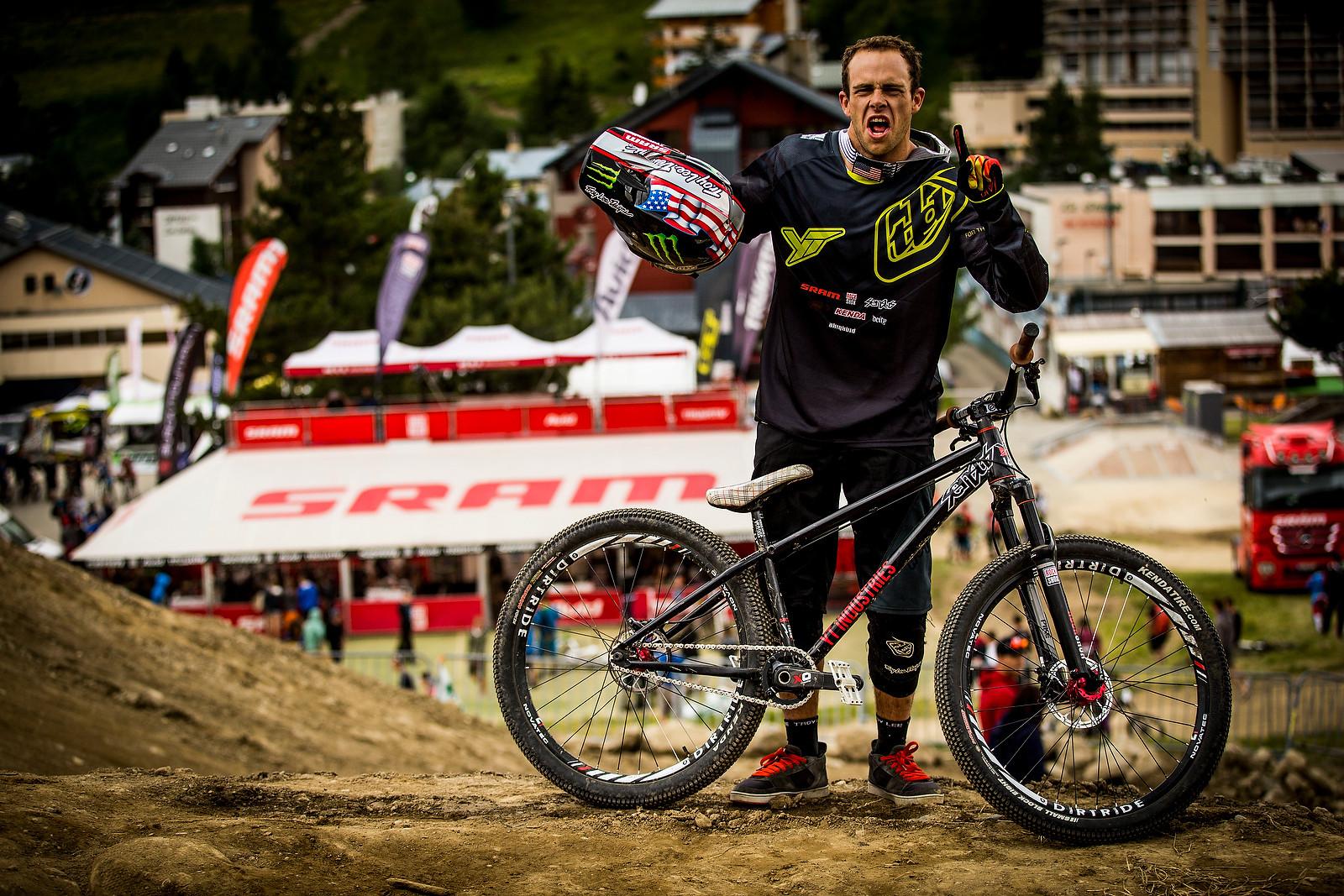 WINNING BIKE: Cam Zink's YT Dirt Love - WINNING BIKE: Cam Zink's YT Dirt Love - Mountain Biking Pictures - Vital MTB
