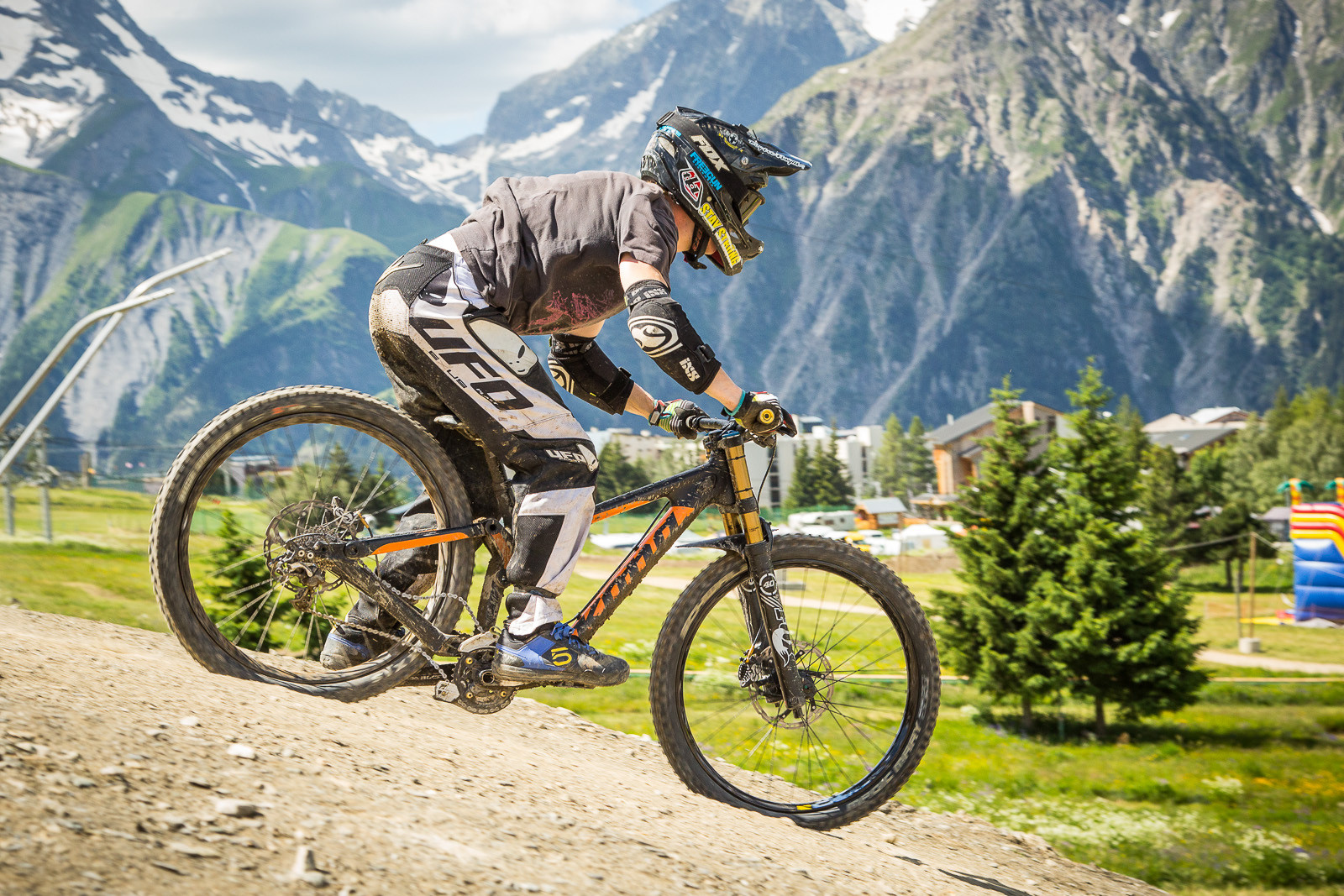 Kona Supreme Operator G-Out - G-Out Project: Crankworx L2A Air DH - Mountain Biking Pictures - Vital MTB