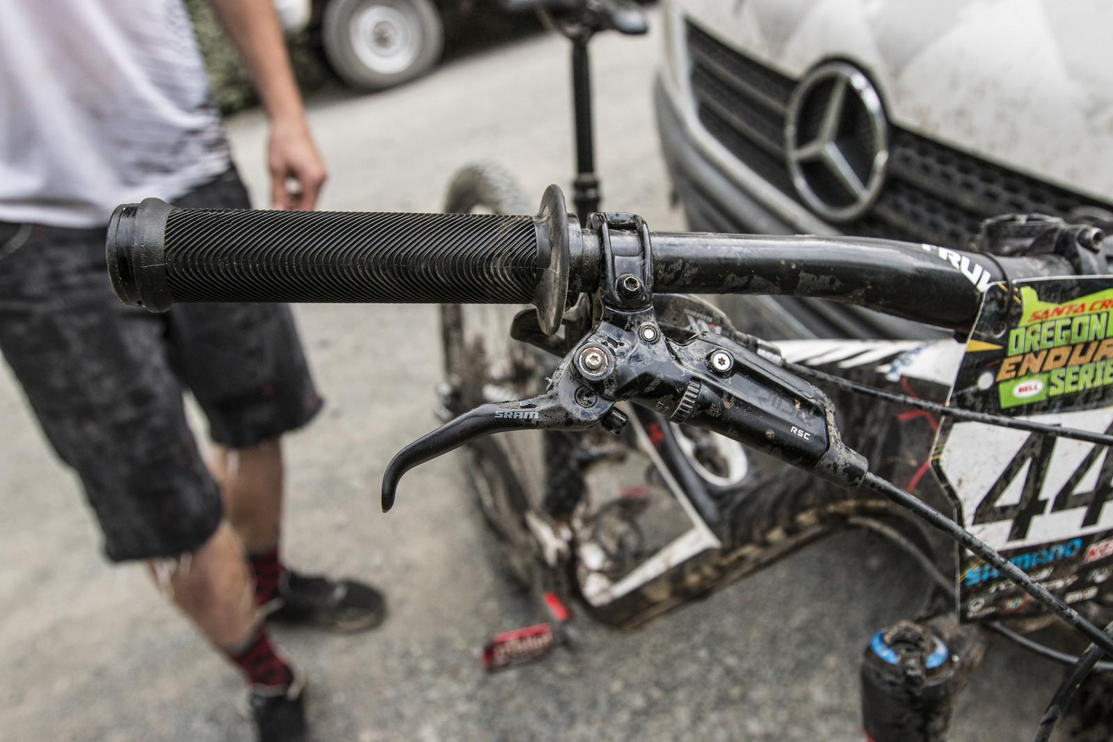 SRAM Guide Brakes on Kirt Voreis' Specialized Enduro 29 - WINNING BIKE: Kirt Voreis' Specialized Enduro 29 - Mountain Biking Pictures - Vital MTB