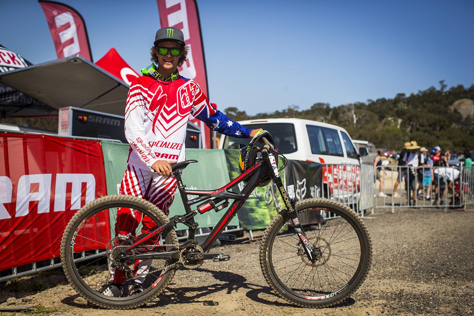 WINNING BIKE: Troy Brosnan's Specialized Enduro Expert EVO - WINNING BIKE: Troy Brosnan's Specialized Enduro Expert EVO - Mountain Biking Pictures - Vital MTB