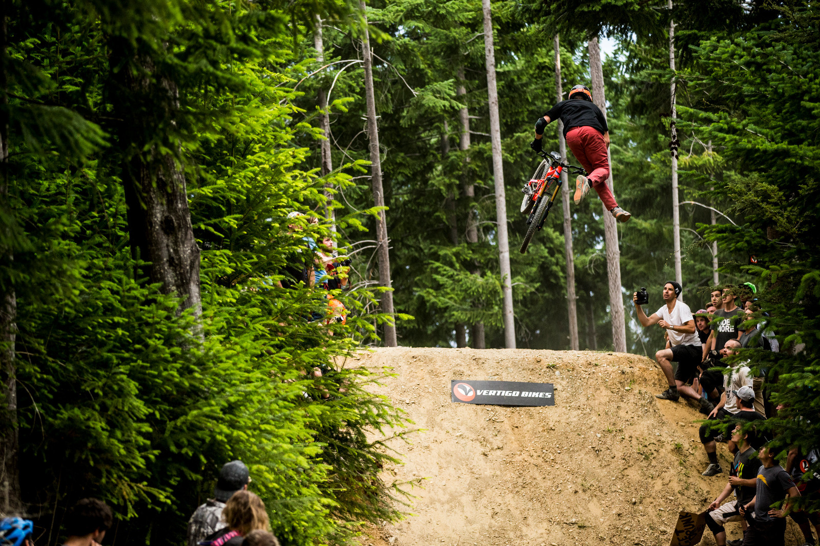 Emmerson Wilken Tail Whip Off - Vertigo Bikes Whip Off at the Atlas Bar Wynyard Jam - Mountain Biking Pictures - Vital MTB