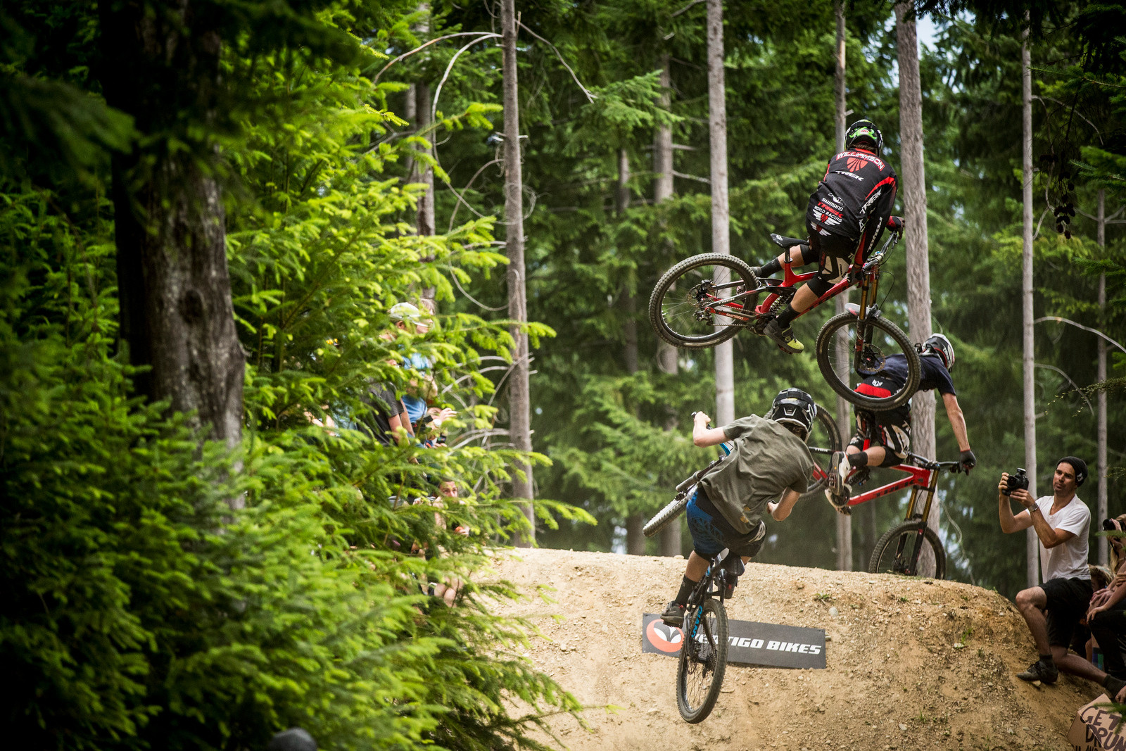 Greg Williamson mid-train - Vertigo Bikes Whip Off at the Atlas Bar Wynyard Jam - Mountain Biking Pictures - Vital MTB