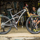 "Jared Graves' Yeti SB6c DH ""Internet Killer"""