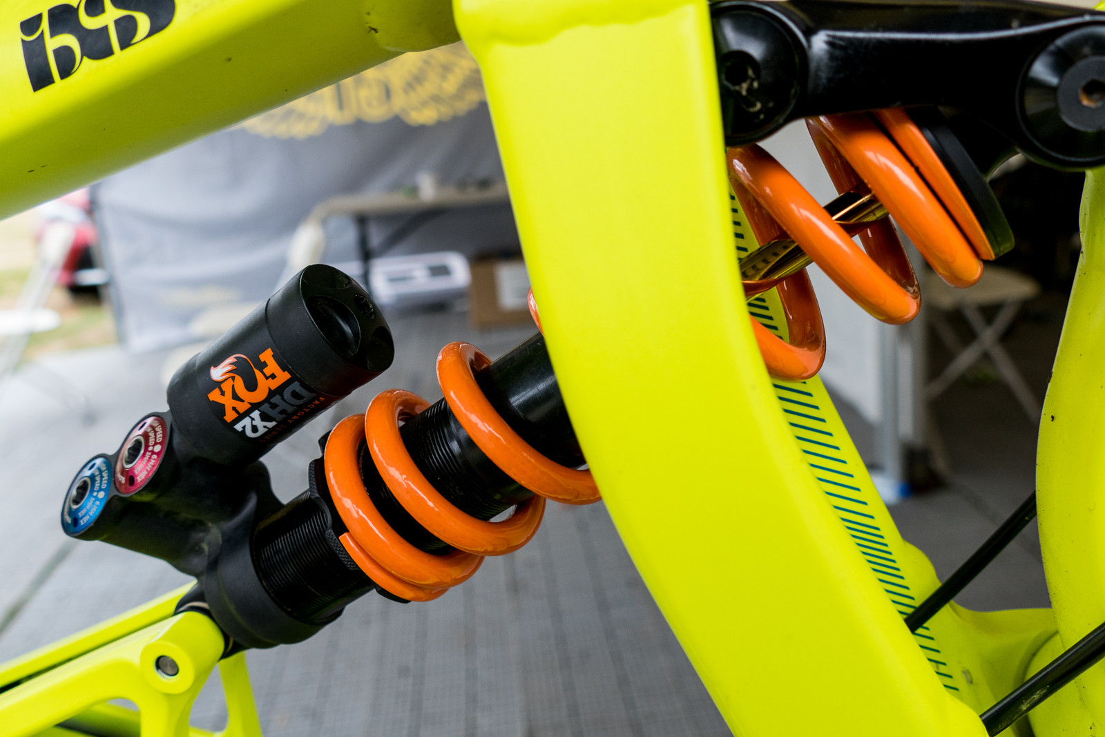 FOX DHX2 Shock on Gee Atherton's GT Fury - PIT BITS - Crankworx Rotorua - Mountain Biking Pictures - Vital MTB