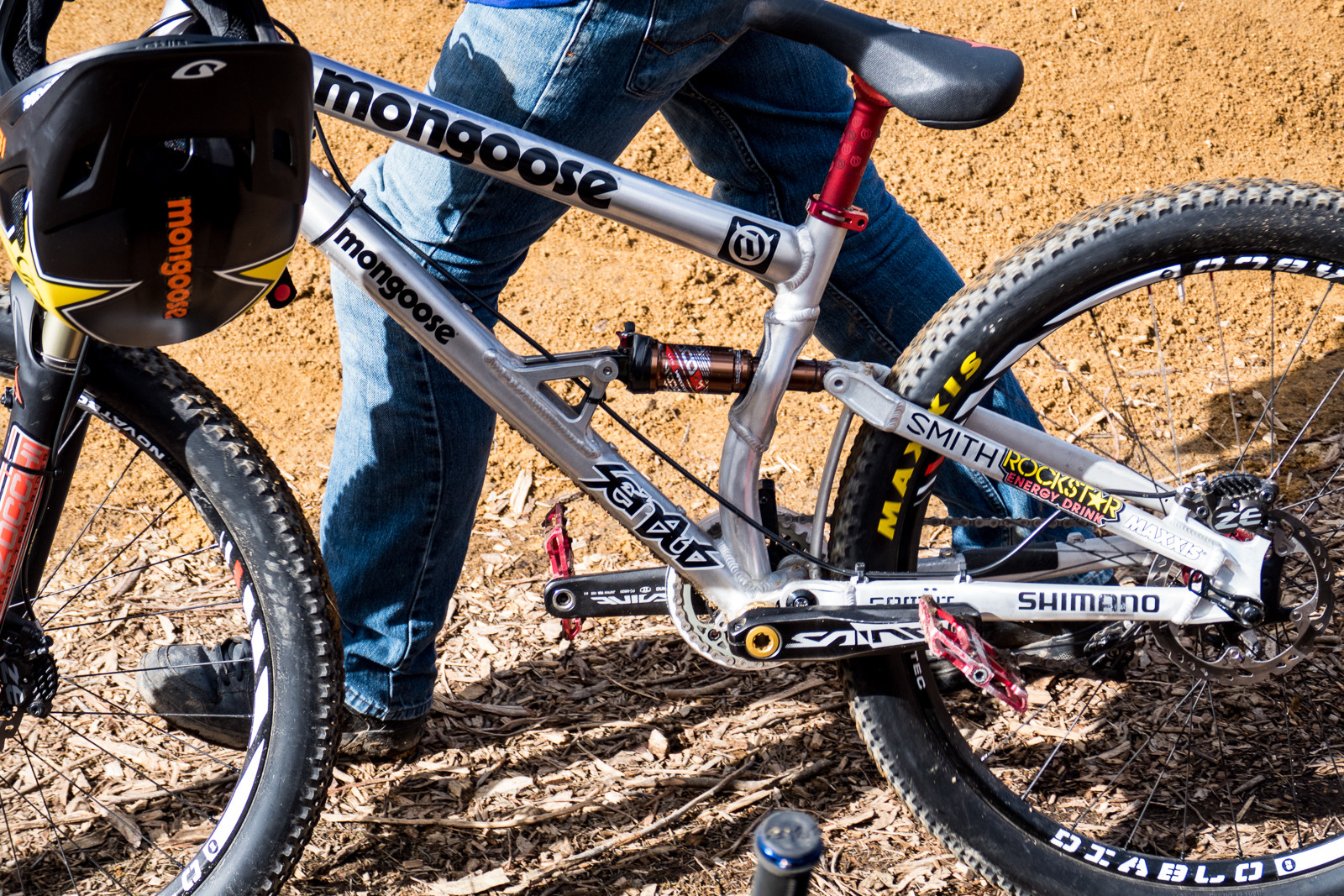 Greg Watts' Prototype Mongoose Slopestyle Bike - PIT BITS - Crankworx Rotorua - Mountain Biking Pictures - Vital MTB