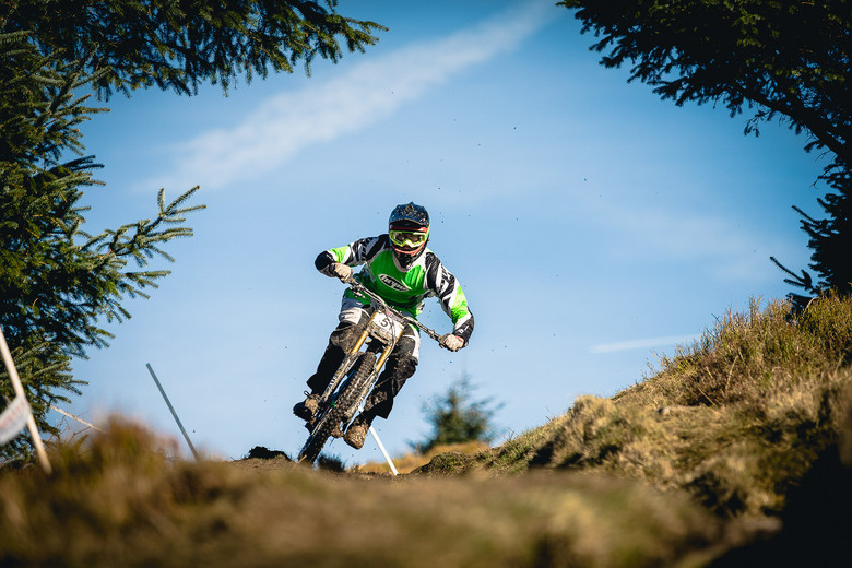 Craig Evans, British Downhill Series 1, Ae Forest