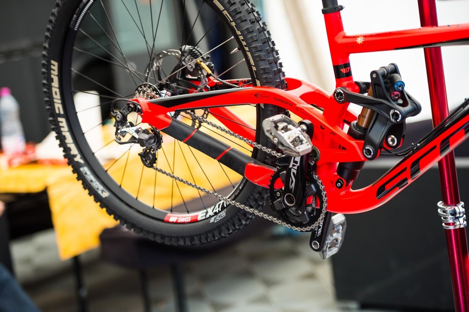 GSTAAD-Scott Gambler DH Bike - PIT BITS - World Cup, Lourdes, France - Mountain Biking Pictures - Vital MTB