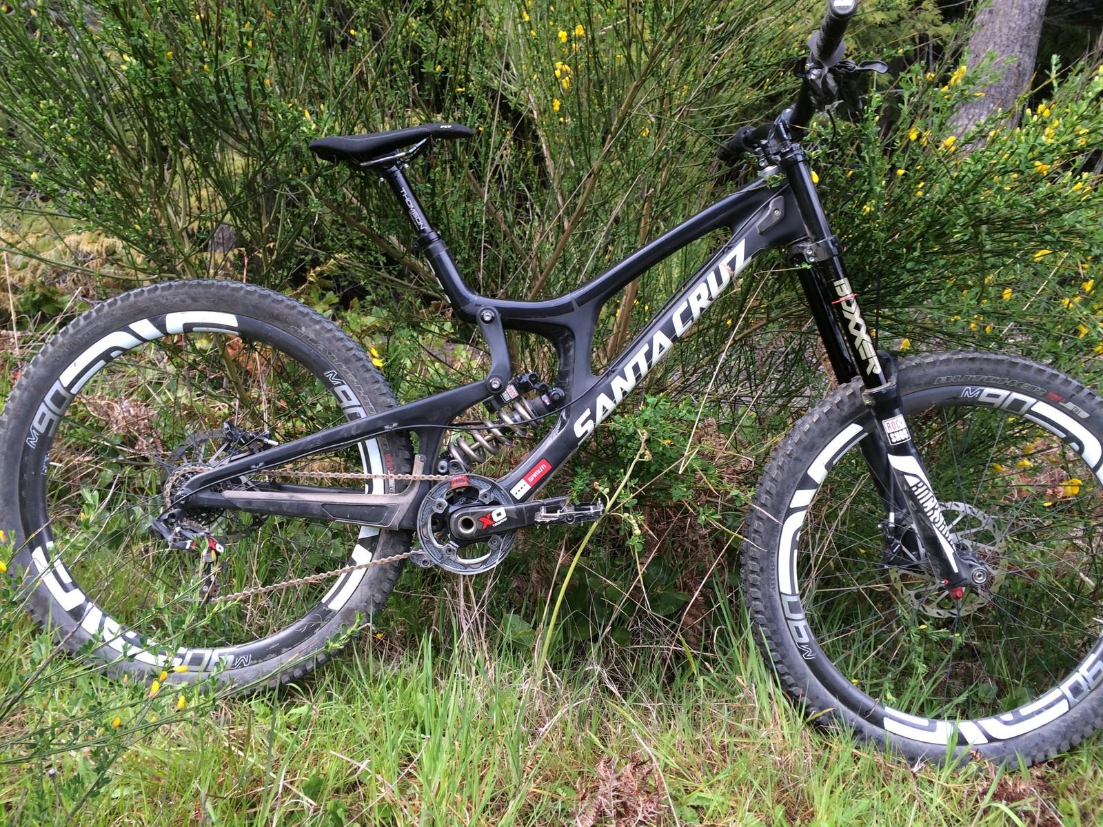 Matt Thompson's Santa Cruz V10cc - PIT BITS - Port Angeles ProGRT - Mountain Biking Pictures - Vital MTB
