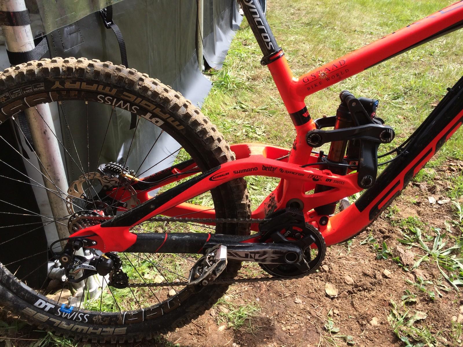 Neko Mulally's Scott Gambler - PIT BITS - Port Angeles ProGRT - Mountain Biking Pictures - Vital MTB