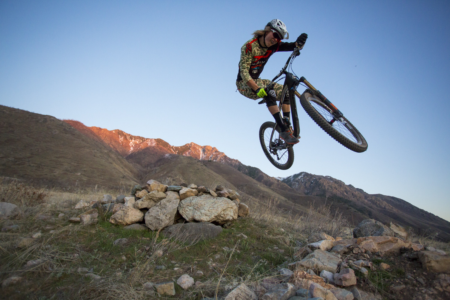79bfbc0c843 Cody Kelley Blasting his Marin Attack Trail - Pro Bike Check: Cody Kelley's Marin  Attack Trail - Mountain ...