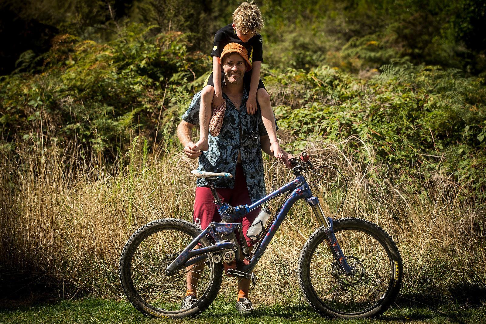 Richard Goldbury's Carbon Home-made Gearbox Bike - Thinking Outside the Box - 13 Glorious Gearbox Bikes - Mountain Biking Pictures - Vital MTB