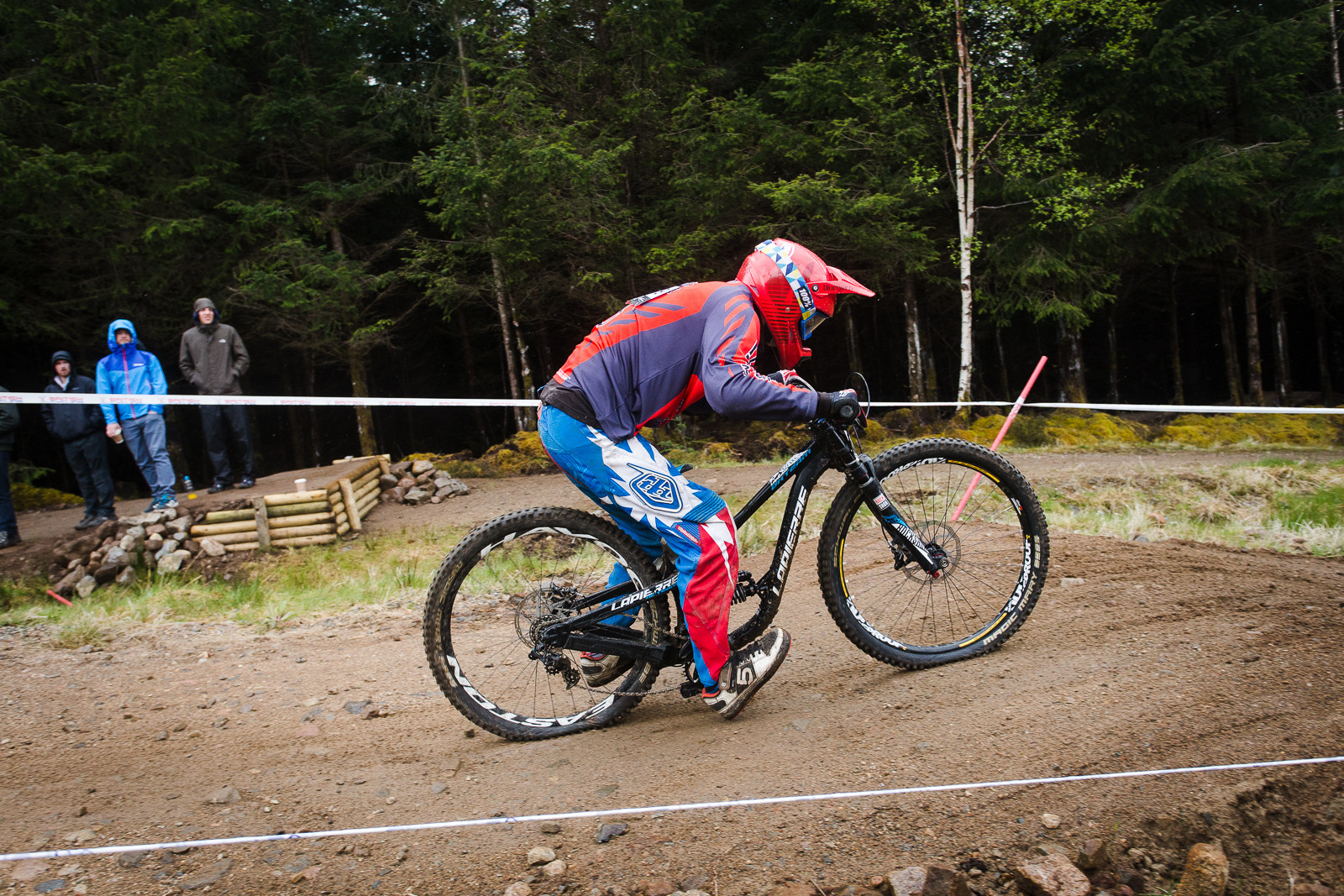 G-Out Fort William BDS - Lapierre Team DH - G-Out Project - Fort William BDS 2015 - Mountain Biking Pictures - Vital MTB