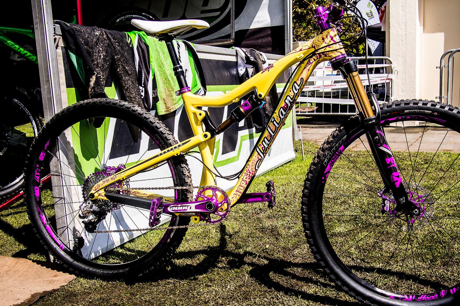 Rachel Walker's Hope'd-out Juliana - PIT BITS - Enduro World Series Tweedlove - Mountain Biking Pictures - Vital MTB