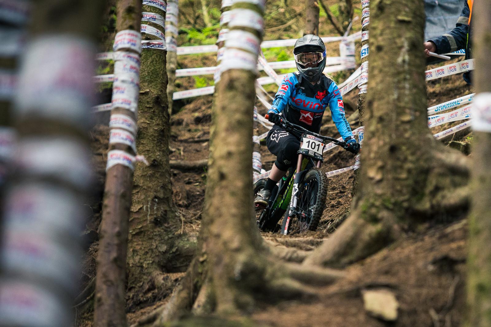 Tahnée Seagrave, BDS Llangollen - RACE REPORT - British Downhill Series Llangollen - Mountain Biking Pictures - Vital MTB