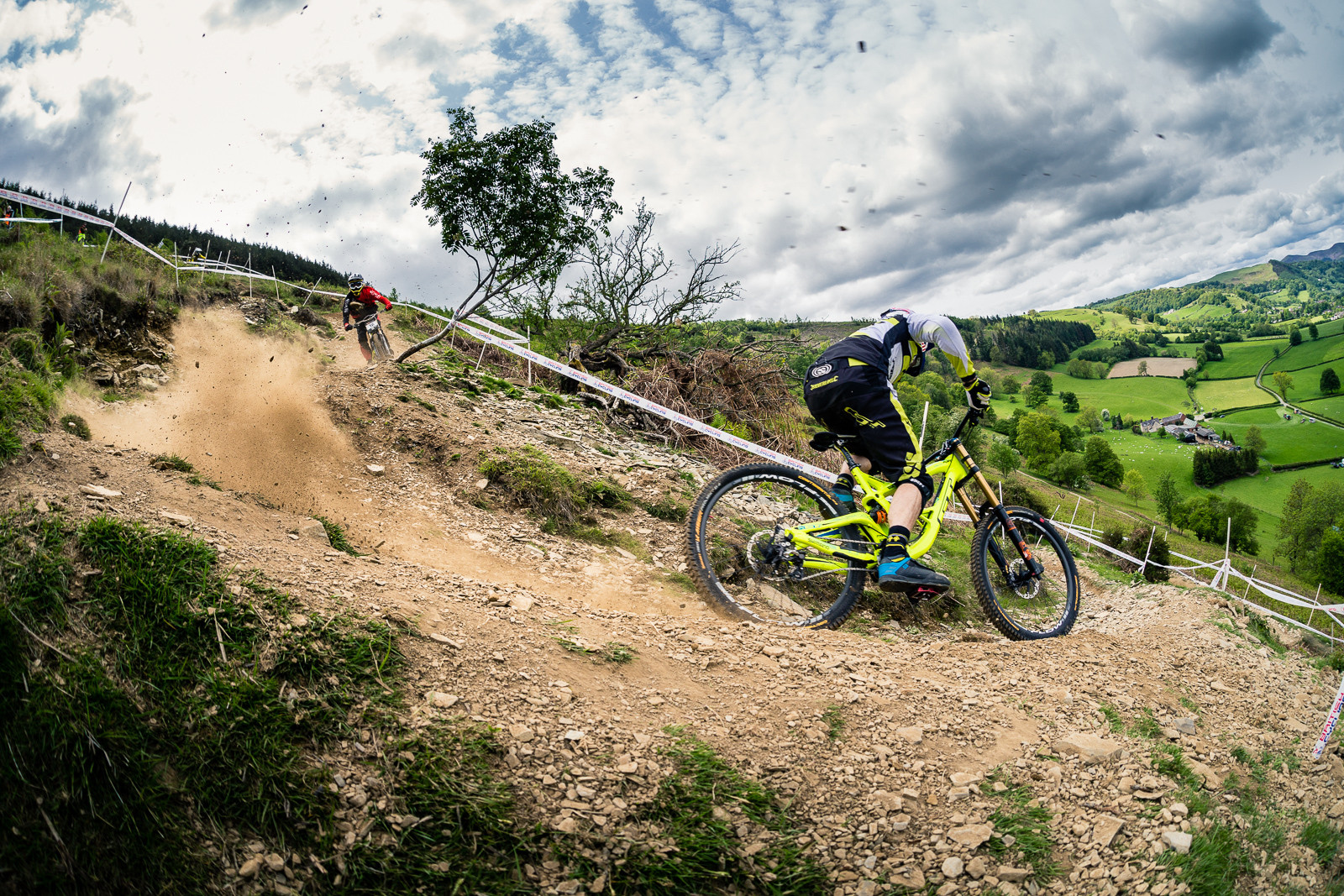 Gee Atherton, British Downhill Series Langollen - RACE REPORT - British Downhill Series Llangollen - Mountain Biking Pictures - Vital MTB