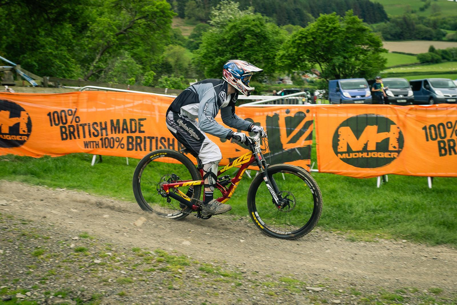 YT Tues AL G-ed Out at Llangollen - G-Out Project - Llangollen BDS 2015 - Mountain Biking Pictures - Vital MTB