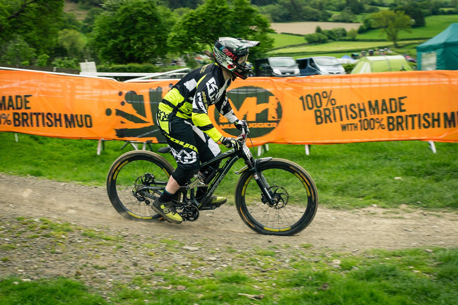 Saracen Myst G-ed Out at Llangollen - G-Out Project - Llangollen BDS 2015 - Mountain Biking Pictures - Vital MTB