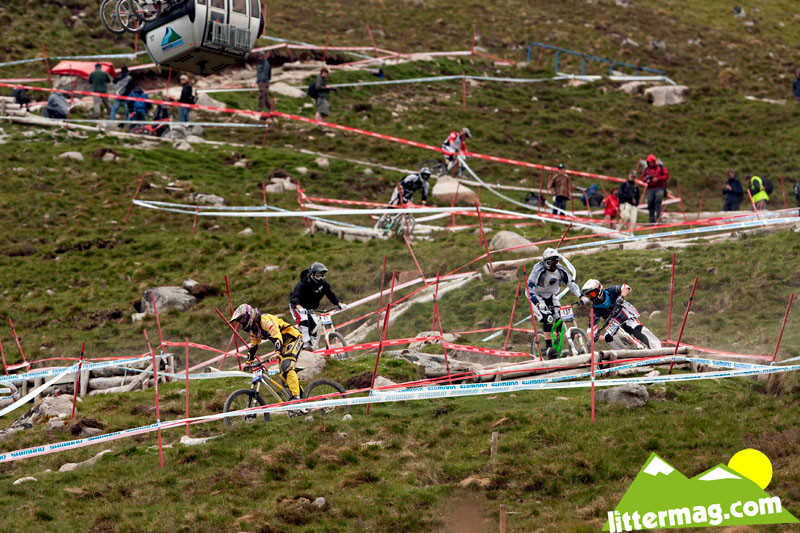 Train down the track - 2009 UCI World Cup Fort William - Day 2 - Mountain Biking Pictures - Vital MTB