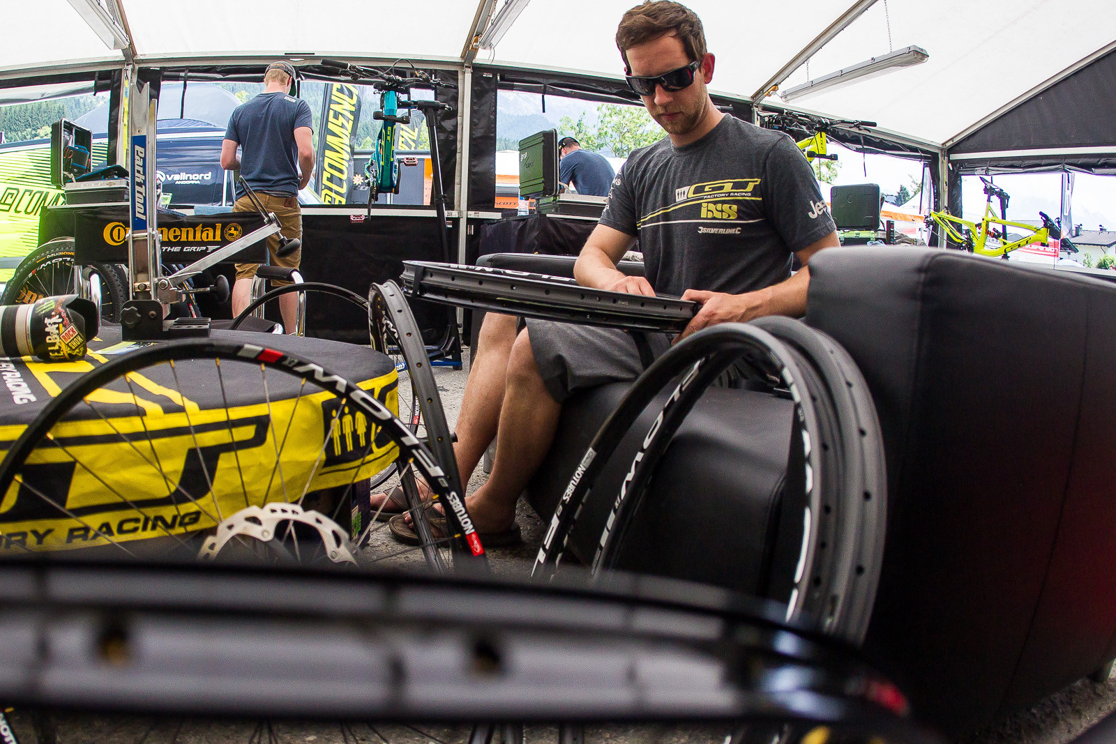 Carbon Prototype Rims in Atherton Pits - PIT BITS - Leogang World Cup Downhill - Mountain Biking Pictures - Vital MTB