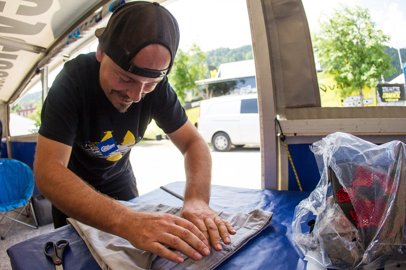 Jacy the Seamstress - PIT BITS - Leogang World Cup Downhill - Mountain Biking Pictures - Vital MTB